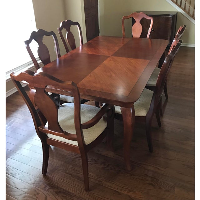 Thomasville Dining Table & Chairs W/ Leaves   Chairish