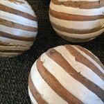 Image of Brown & White Rattan Balls - 6
