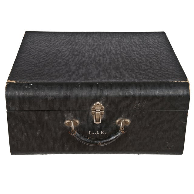 Vintage Wheary Aviatrix Travel Suitcase - Image 1 of 5