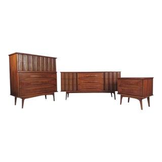Sculpted Front Vintage Modern Dresser Set - Set of 3