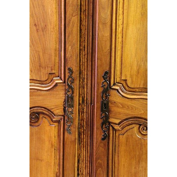 18thC Large French Country Wooden Armoire - Image 5 of 10