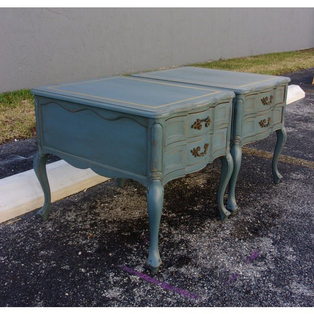Vintage French Provincial Nightstands - A Pair - Image 4 of 10