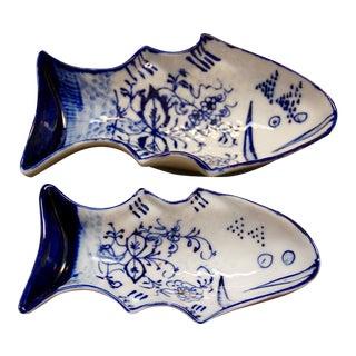 Meissen Flow Blue Fish Moulds - A Pair