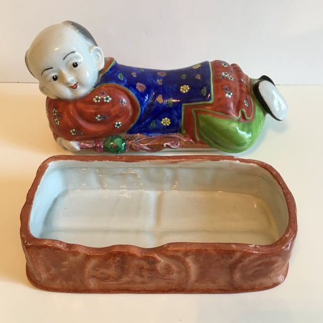 Lidded Porcelain Box With Asian Man Figure - Image 5 of 10