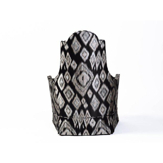 Pair of Hollywood Regency Lounge Chairs in Graphic Ikat Silk - Image 6 of 9