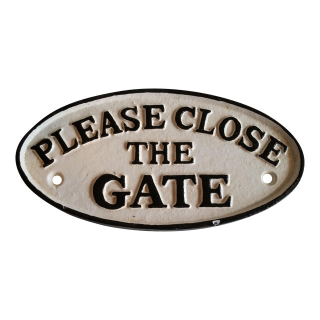 Cast Iron 'Please Close the Gate' Sign - Image 1 of 3