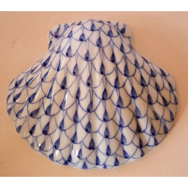 Image of Blue & White Porcelain Scallop Shell