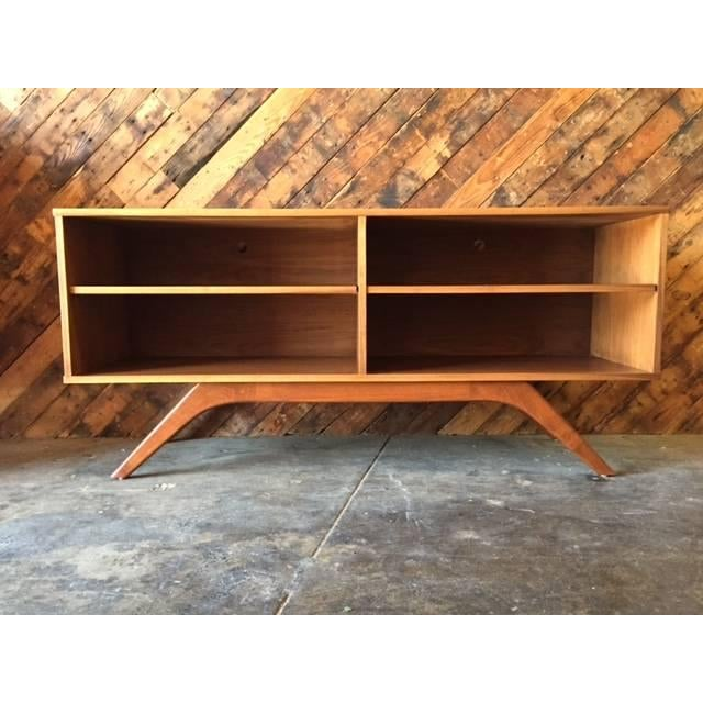 Mid-Century Console Table - Image 2 of 4