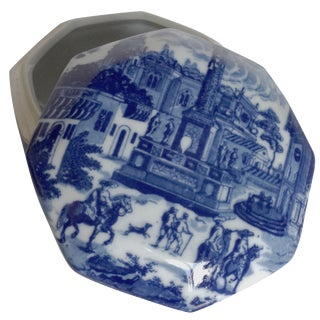 Blue & White Porcelain Lidded Vessel