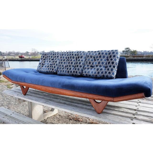 Mid-Century Modern Adrian Pearsall Gondola Sofa - Image 7 of 9