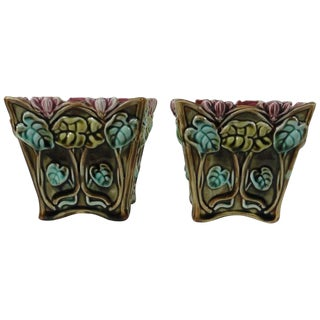 1900s Majolica Cyclamens Cache Pots Onnaing - A Pair