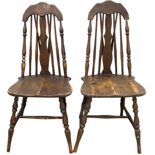 Antique Splat Tapered Back Windsor Chairs - A Pair