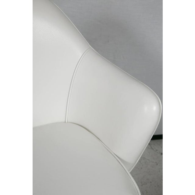 Knoll Desk Chair in White Leather - Image 6 of 7
