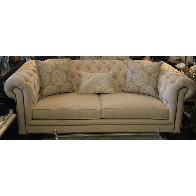 Chesterfield Sofa Price: Chesterfield Tufted Sofa