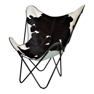 "Vintage ""Butterfly Chair"" In Style of Jorge Ferrari-Hardoy for Knoll with Black and White Cowhide"