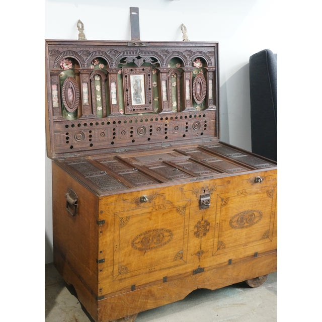 Vintage Jewelry Trunk - Image 2 of 9