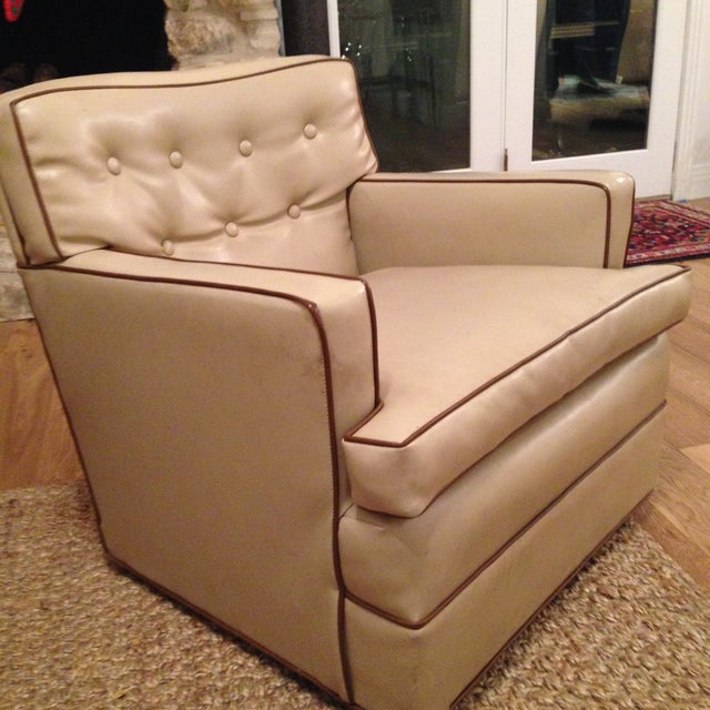 Mid-Century Modern Swivel Chairs - A Pair - Image 4 of 6