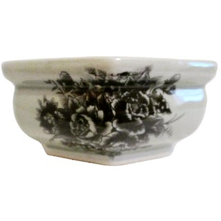 Chinese Black Roses Cachepot