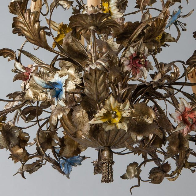 French Large All Tole Floral Chandelier - Image 9 of 11