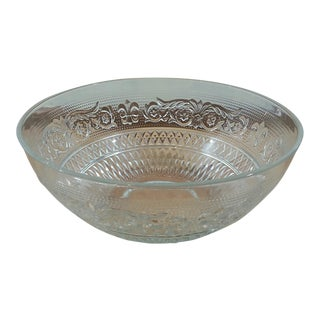 Large Kig Malaysia Glass Serving Bowl