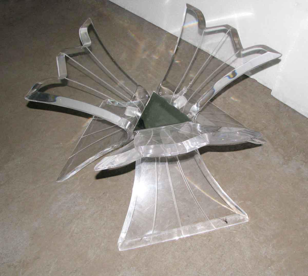 Sculptural 3 Arm Lucite Coffee Table Base   Image 5 Of 7