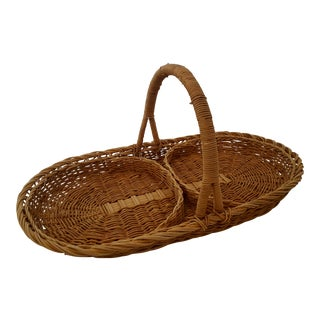 Vintage French Wicker Picnic Plate Holder