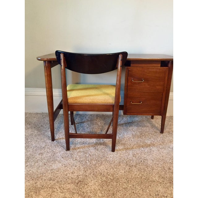 American of Martinsville Desk & Chair - A Pair - Image 8 of 11