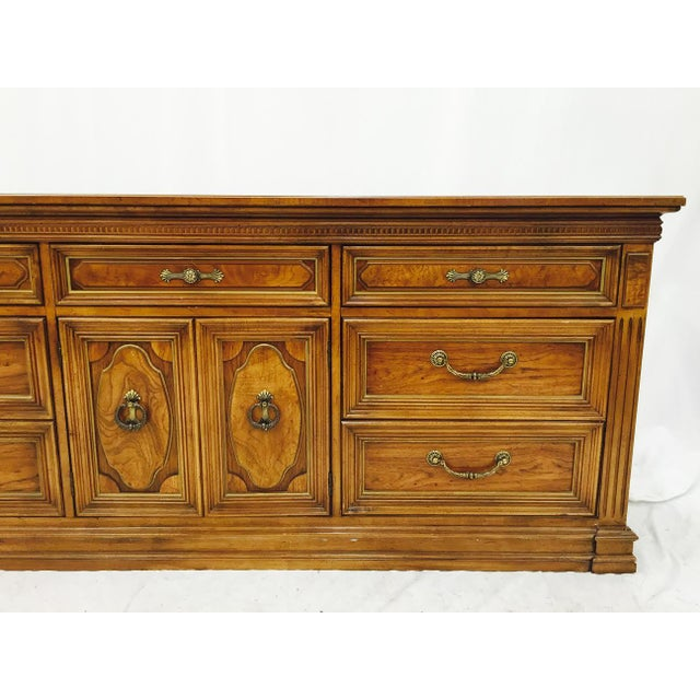 Thomasville Vintage Mid Century 9 Drawer Dresser Chairish