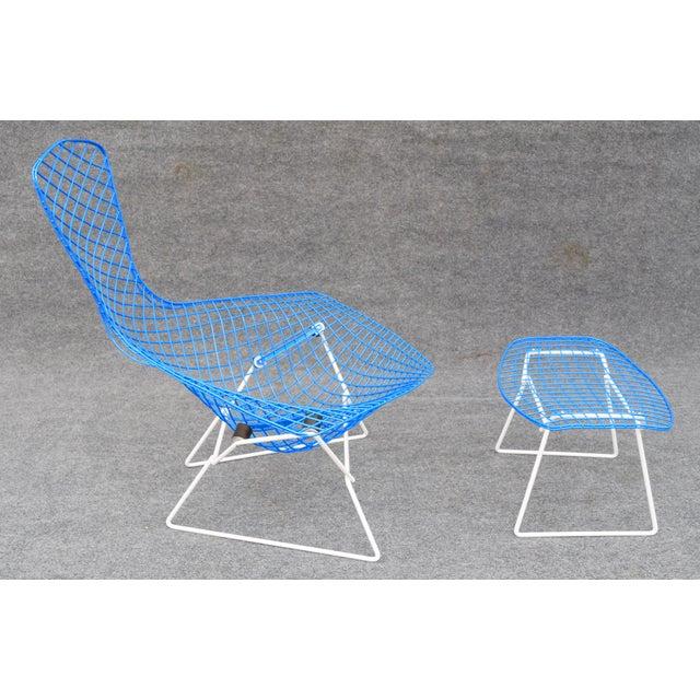 """Mid-Century Modern """"Bird"""" Chair & Ottoman - Image 5 of 10"""