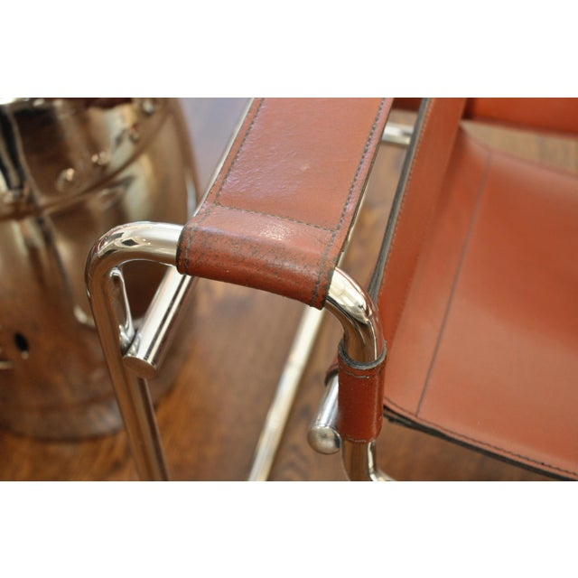 Reproduction mid century wassily leather chrome chairs for Mid century reproduction