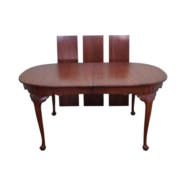 henkel harris solid cherry queen anne dining table chairish. Black Bedroom Furniture Sets. Home Design Ideas