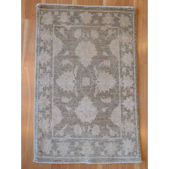 Hand-Knotted Oushak Rug - 2' x 3 - Image 5 of 7