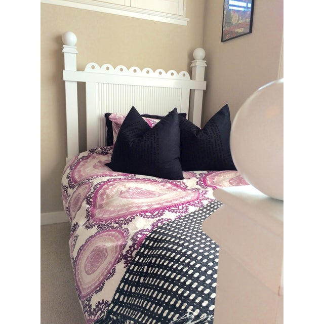 """Maine Cottage """"Lizzie"""" Fairytale Twin Bedframe - Image 4 of 10"""