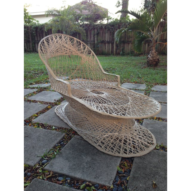 Russell Woordard Fiberglass Patio Lounge Chaise - Image 5 of 6