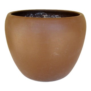 Gainey Ceramics J-10 Planter Pot Beehive