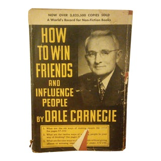 """""""How to Win Friends and Influence People"""" Book by Dale Carnegie"""