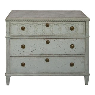 Three Drawer Chest with Ring Weave Frieze #62-01