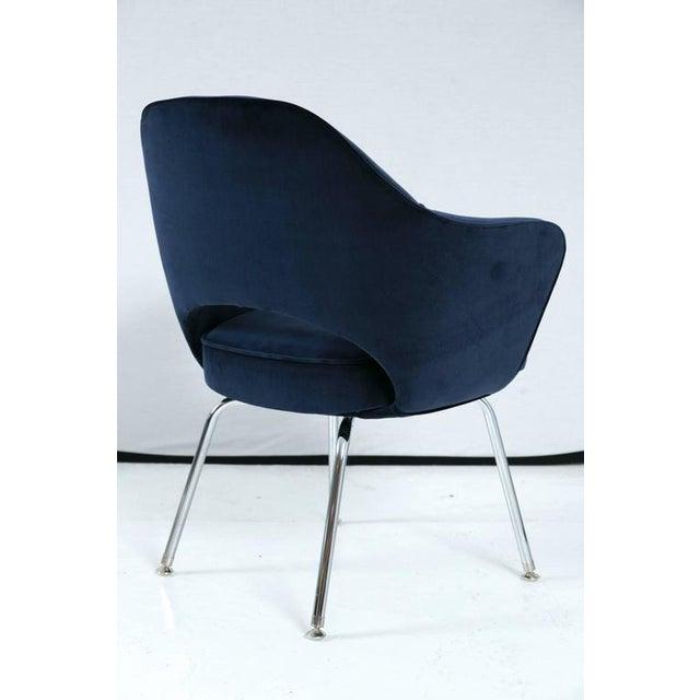 Saarinen Executive Armchair, Navy Velvet - Image 3 of 8