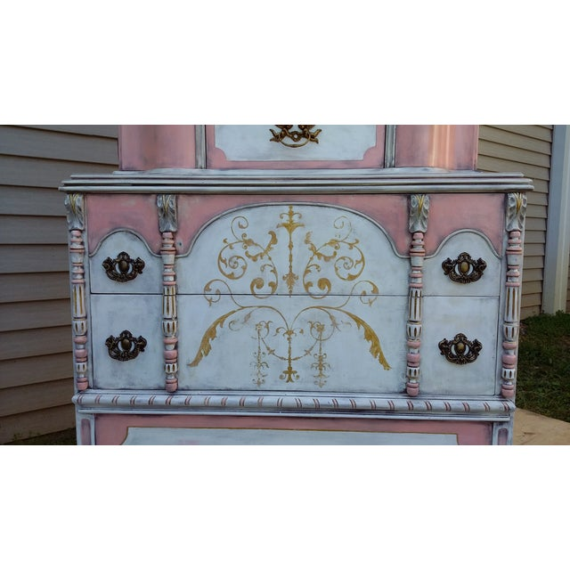 Antiqued Pink & Gold French-Style Dresser - Image 10 of 11