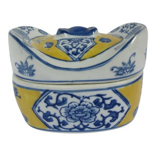 Chinoiserie Blue, White, & Yellow Porcelain Box