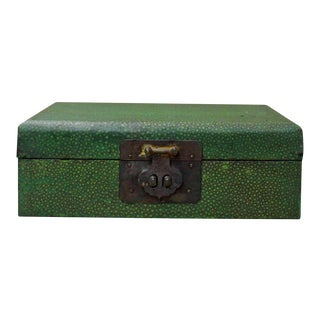 Chinese Green Patterned Rectangular Box