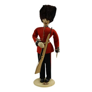 Ideal Buckingham Palace Grenadier Guard