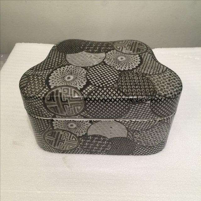 Ceramic Modern Graphic Pattern Box - Image 4 of 5