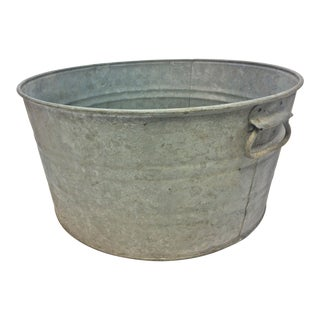 Vintage Country Galvanized Round Metal Wash Tub