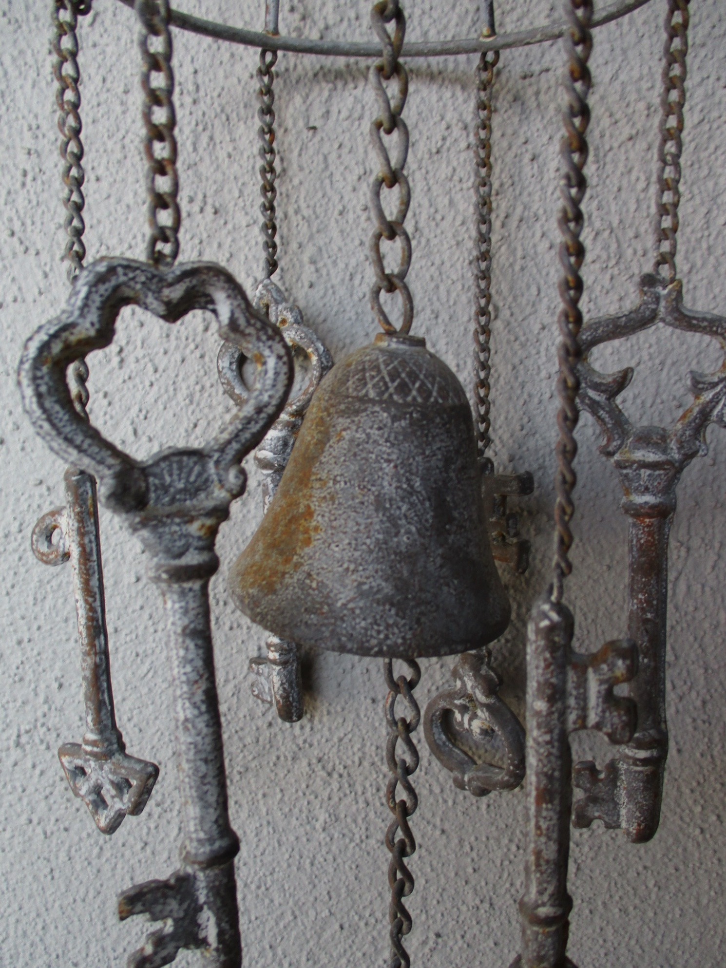 how to make a wind chime with keys