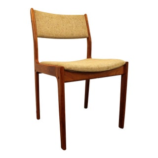 Mid-Century Danish Modern D-Scan Teak Side/Dining Chair