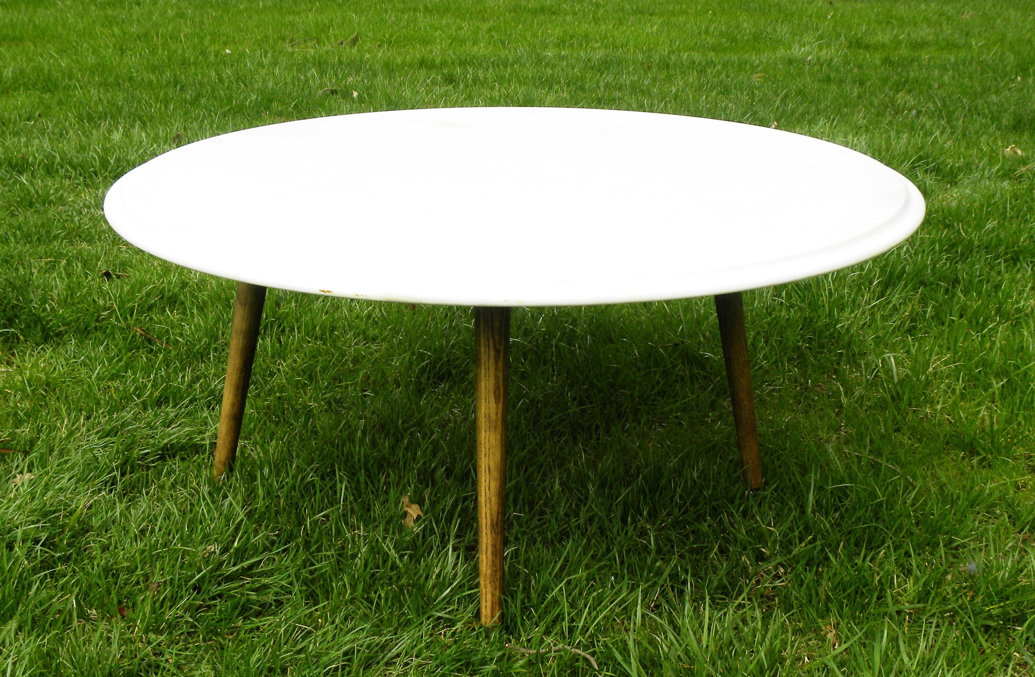 Vintage Mid Century Modern Round White Marble Coffee Table Chairish