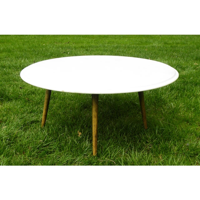 Vintage Mid-Century Modern Round White Marble Coffee Table