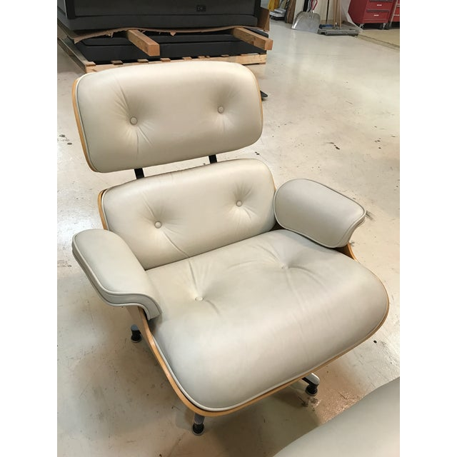 Herman Miller Lounge Chair & Ottoman - Image 6 of 9