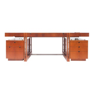 High-End Luxury Target Desk by Jaime Tresserra